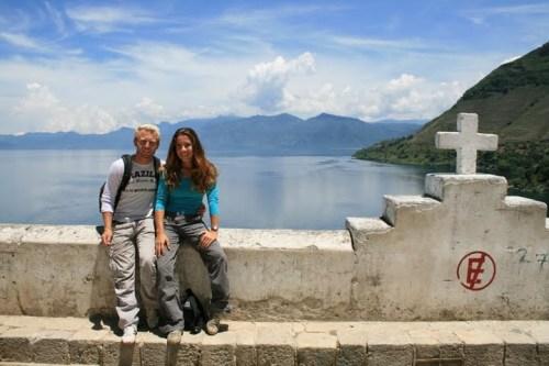 La vue sur le Lac Atitlan depuis l'eglise de San Antonio Palopo