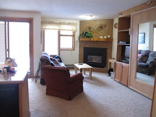Iron Horse resort living room studio